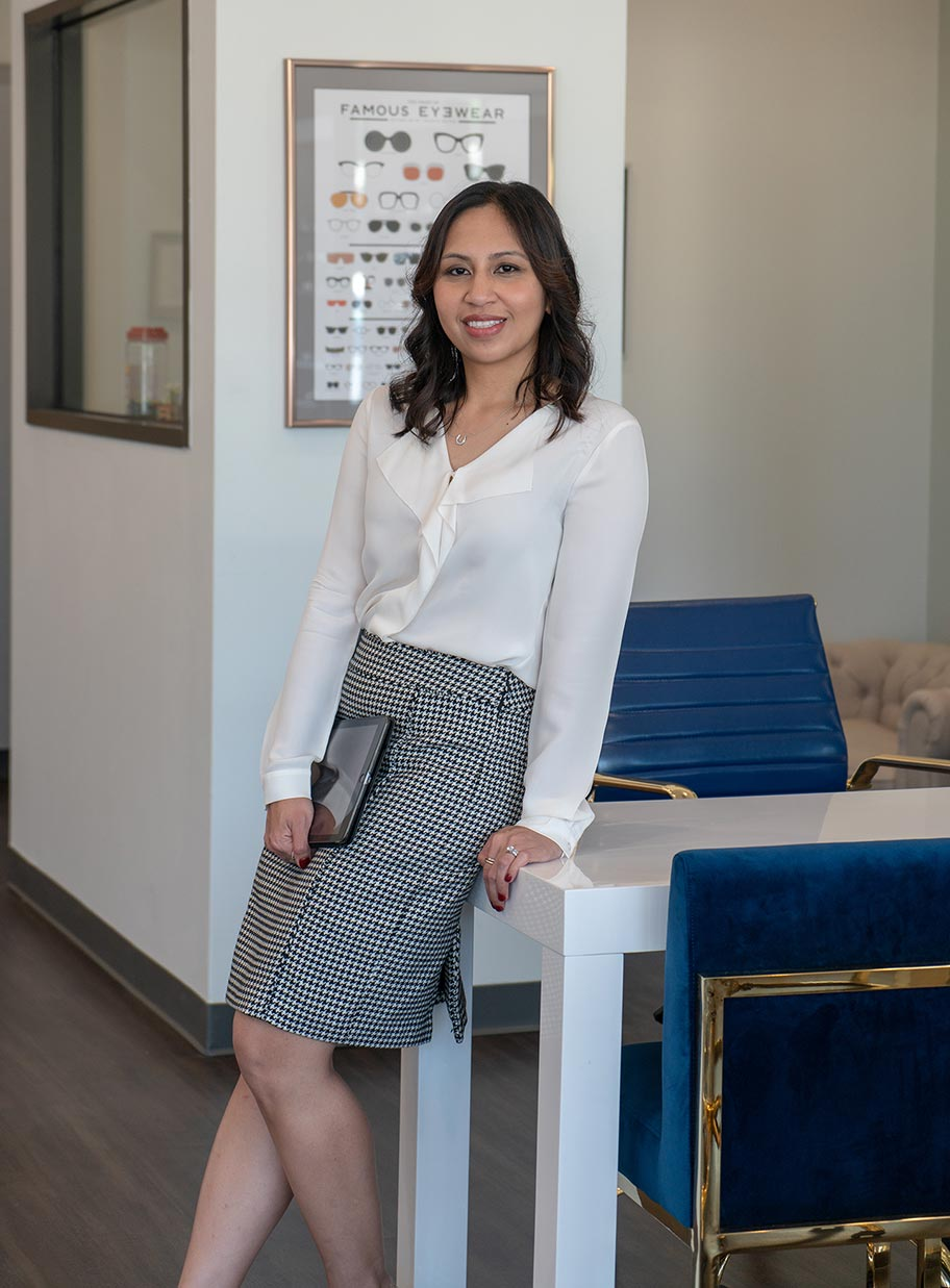 Dr. Llemit is an optometrist in Houston.